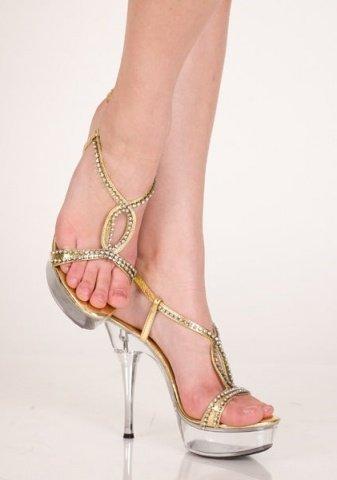 Туфли золотис. 39 р