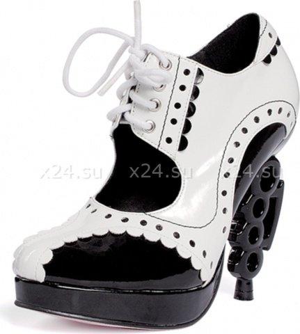 Лакированные туфли на шнуровке с фигурным каблуком 38