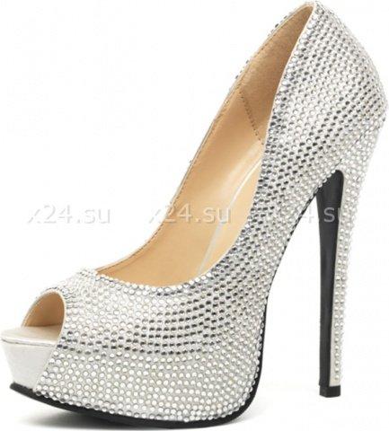Шикарные серебряные туфли со стразами Glamour 38