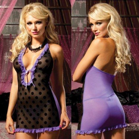 Платье в контрастном цвете