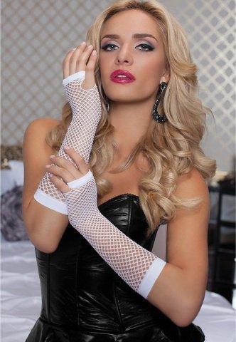 Длинные ажурные перчатки белые