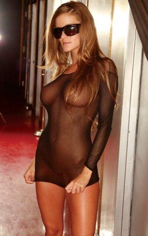 Ультракороткое платье в черную сетку