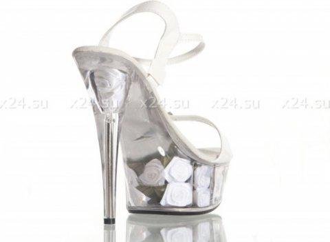 Туфли лакированные белые с розочками 39, фото 2