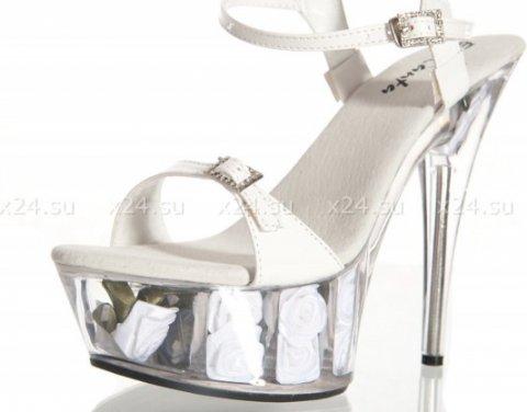 Туфли лакированные белые с розочками 39, фото 3