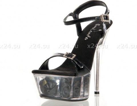 Туфли черные лакированные с розочками 39