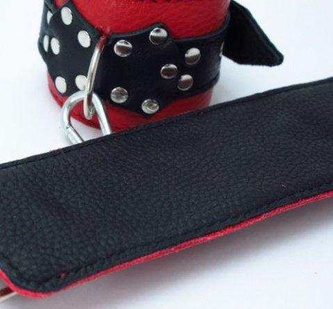 Наручники из красно-черной кожи с пряжкой, фото 3