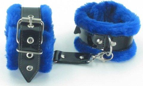 синие оковы на ноги с мехом bdsm light