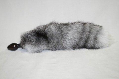 Анальная пробка черного цвета диам. 32 мм с серым лисьим хвостом BF32black/grey