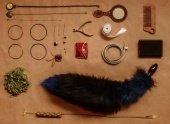 Анальная пробка черного цвета диам. 32 мм с синим лисьим хвостом 32 / - Секс-шоп Мир Оргазма