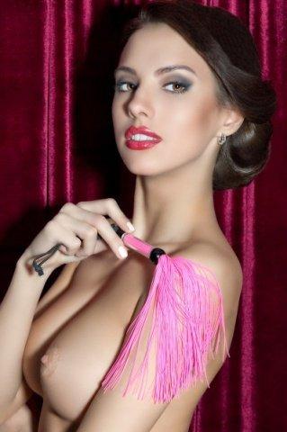 Розовый мини - флоггер с резиновыми хвостами