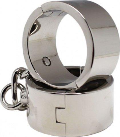 Наручники мужские, металлические, диаметр 64 мм
