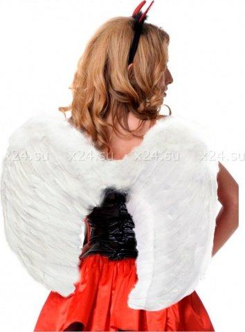 Крылья перьевые, закругленные, белые, 60 х50 см