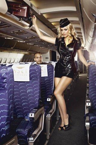 Игровой костюм обольстительная стюардесса: пиджак, мини-юбка, значок, галстук и пилотка