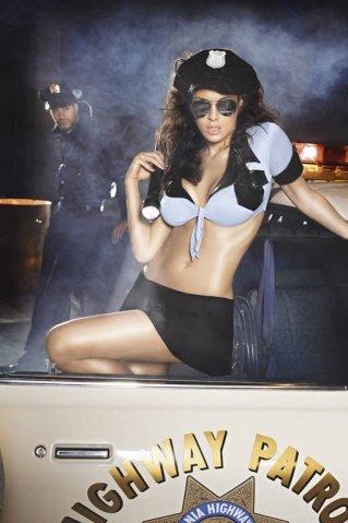 Игровой костюм ночной полицейский: топ, мини-юбка, ремень, значок и фуражка, фото 3