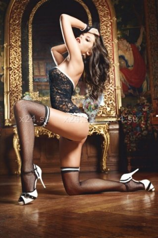 ������ ����� � ������� � ������ ������� French Maid