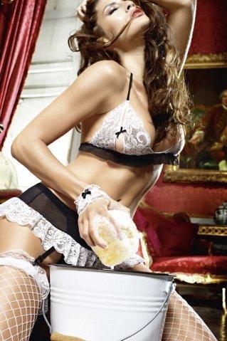 Игровой костюм сексуальная горничная: топ, мини-юбка с подвязками, трусики, кружевные манжеты, фото 3