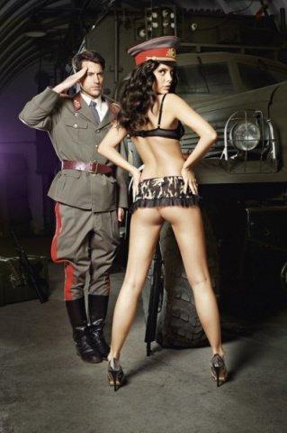 Игровой костюм сексуальная сержантка: топ и мини-юбка, фото 2