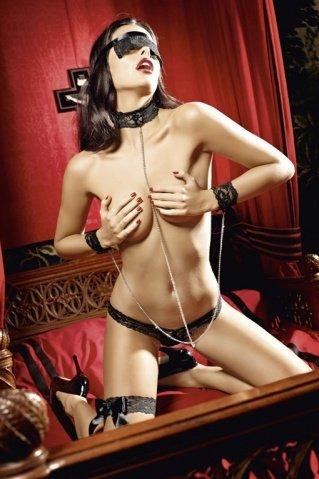 Игровой костюм покорная саба: трусики, повязка на глаза, кружевные манжеты и воротничок, соединенные, фото 3