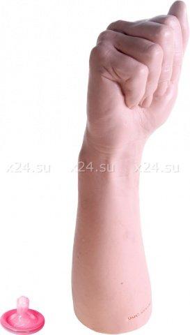 Кулак красотки Беладонны порно звезды Bitch Fist 28 см