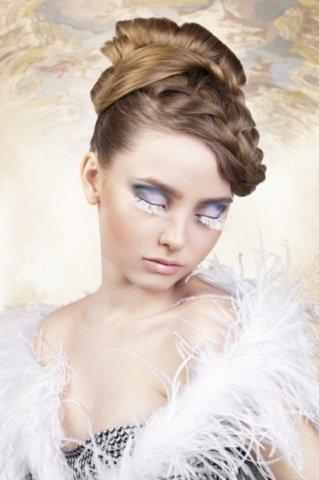 Ресницы белые перья