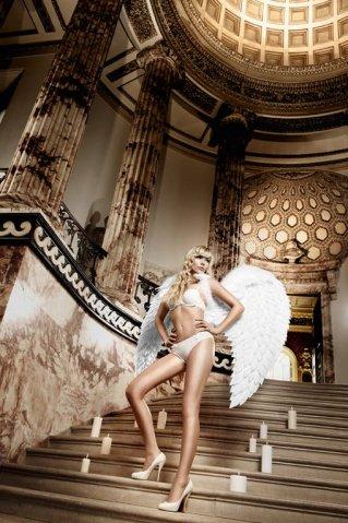 Back in Heaven Бюстгальтер белый с мягкими чашечками и косточками 32 А (большое фото 4) > Секс шоп Мир Оргазма