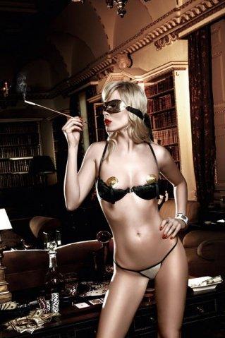 Agent Of Love Бюстгальтер светло-бежевый черными полумягкими чашечками и косточками (большое фото 4) > Секс шоп Мир Оргазма