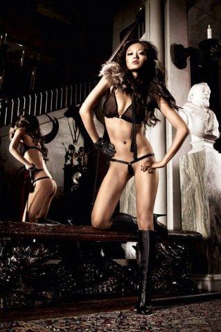 Beauty Inside The Beast Комплект бикини черныйс металлическими кольцами, фото 10