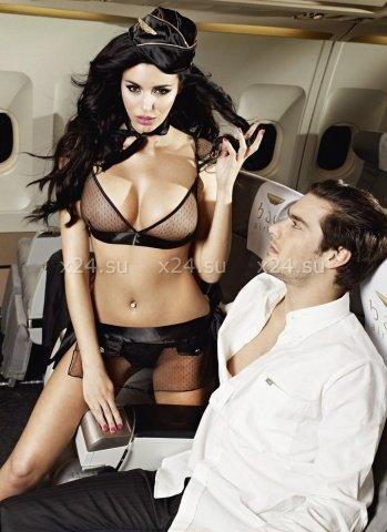 Улетная стюардесса