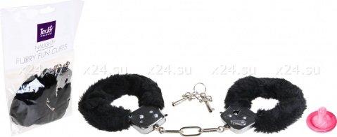 ������������� ��������� � ������ ����� Furry Fun Cuffs